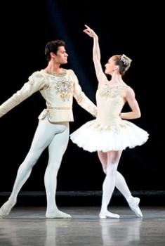 Jewels (Royal Opera House) (2016)